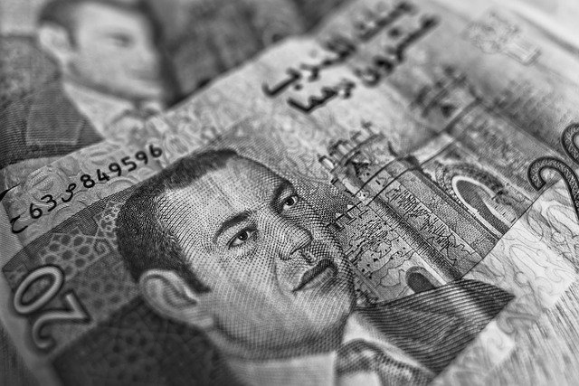 peníze v bankovkách